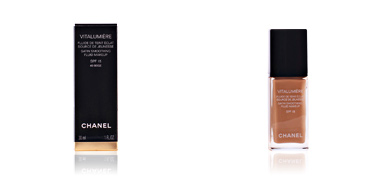 Fondotinta VITALUMIÈRE fluide de teint éclat SPF15 Chanel
