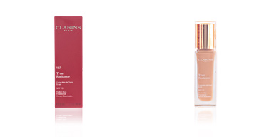 Foundation Make-up TRUE RADIANCE correction du teint éclat Clarins