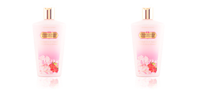 Body moisturiser STRAWBERRIES & CHAMPAGNE hydrating body lotion Victoria's Secret