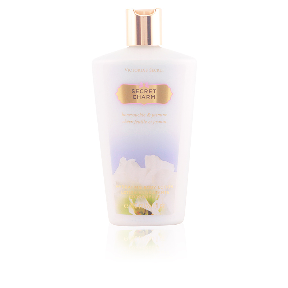 SECRET CHARM hydrating body lotion