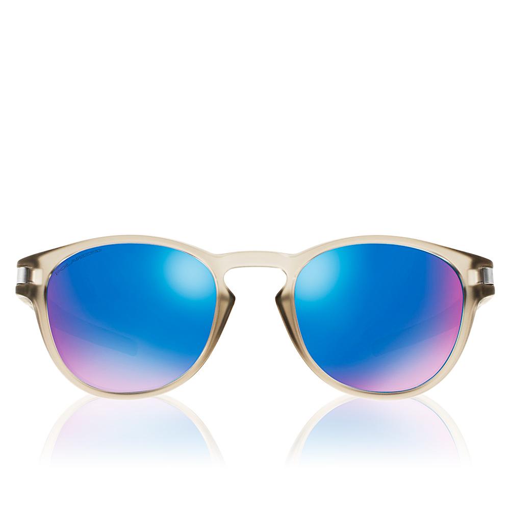 601a590e7f026 Oakley OAKLEY LATCH OO9265 926508 Óculos de Sol em Perfumes Club