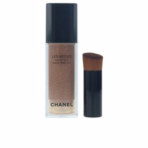 Chanel, LES BEIGES eau de teint #medium light