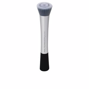 Makeup brushes COMPLEXION BLENDER brush Real Techniques