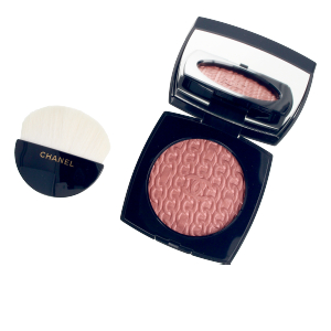 Highlighter makeup - Bronzing powder LES CHAÎNES DE CHANEL illuminating blush powder Chanel