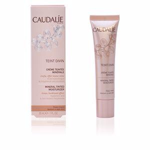 Base de maquillaje TEINT DIVIN crème teintée minérale Caudalie