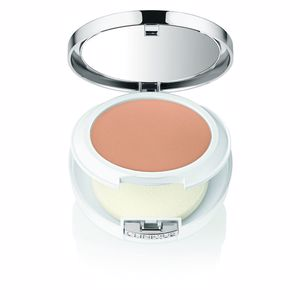 Poudre compacte BEYOND PERFECTING powder foundation Clinique