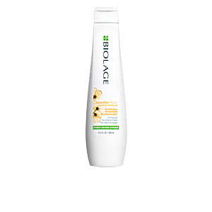 Anti frizz hair products SMOOTHPROOF conditioner Biolage