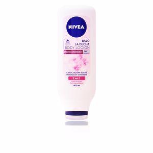 Body moisturiser BAJO LA DUCHA body loción efecto luminoso