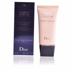 Foundation makeup DIORSKIN FOREVER perfect mousse Dior